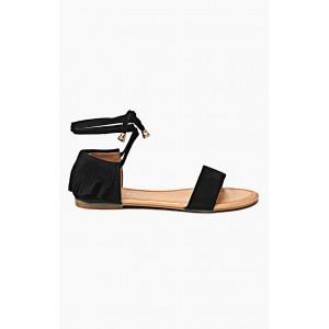 Dámské sandále černé barvy se šňůrkami a střapci