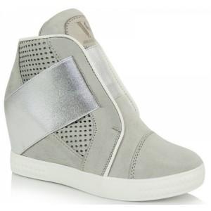 Dámská semišová kotníčková obuv šedé barvy se stříbrnou gumičkou