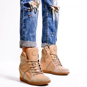 Přechodné dámské kotníkové boty v hnědé barvě