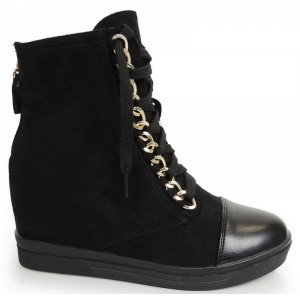 Černé kotníkové boty s platformou na tkaničky
