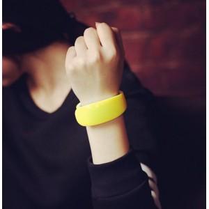 Sportovní silikonové LED hodinky žluté