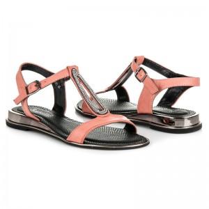 Letní dámské sandály růžové barvy