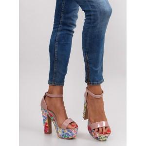 Béžové dámské sandály s květinovým vzorem na podpatku