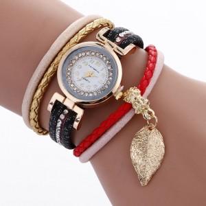 Dámské černé hodinky s ozdobným páskem