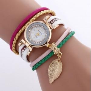 Dámské bílé náramkové hodinky s lístkem