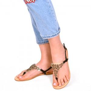 Černé dámské sandály s aplikací kamínků
