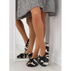 Pohodlní dámské pantofle zelené barvy