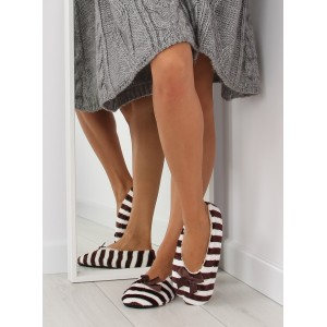 Moderní dámské pantofle v hnedé barvě