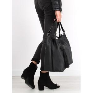Černé dámské kabelky s příveskem