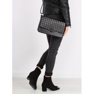 Vybíjená dámská crossbody kabelka černé barvy