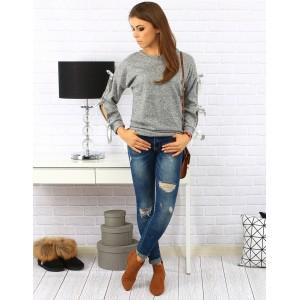 Pohodlný dámský šedý svetr s mašličkami na rukávech