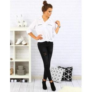 Elegantní bílá košile pro dámy s aplikaci na náprsní kapse