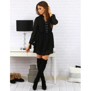 Krásné dámské krátké šaty nad kolena v černé barvě se stříbrnými kamínky na dekoltu