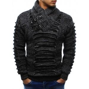 Pletený pánský svetr černé barvy s vysokým límcem na zimu