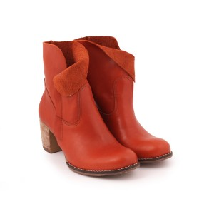 Hnědé kožené boty pro dámy na podpatku na zip