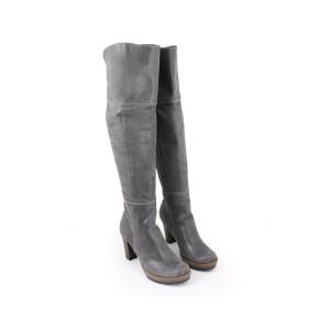 Vysoké kožené kozačky pro dámy na podpatku šedé barvy se zipem