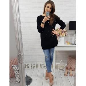Elegantní dámský pletený svetr černé barvy s ozdobnými perličkami