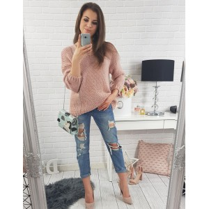 Pohodlné dámské pletené svetry volného střihu v růžové barvě s kulatým výstřihem