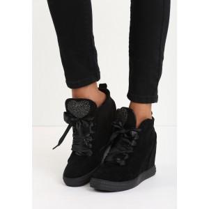 Semišová černá dámská kotníková obuv na platformě s kamínky