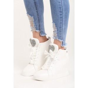 Kotníkové dámské boty s kamínky na platformě bílé barvy