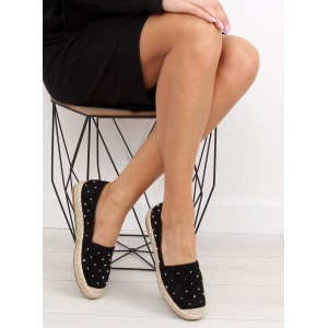 Letní dámské boty s vybíjenými ozdobami v černé barvě