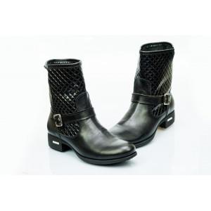 Dámské kožené boty černé DT476