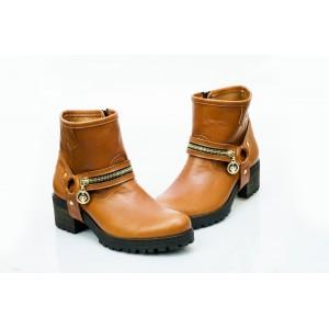 Dámské kožené boty hnědé DT452