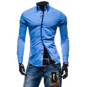Moderní pánska košile belasé barvy s dlouhým rukávem