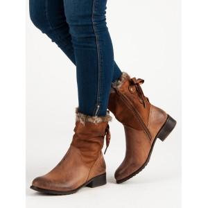 Kotníkové dámské boty na zimu s kožíškem v hnědé barvě