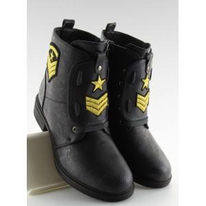 Černé dámské boty na zimu s nášivkami