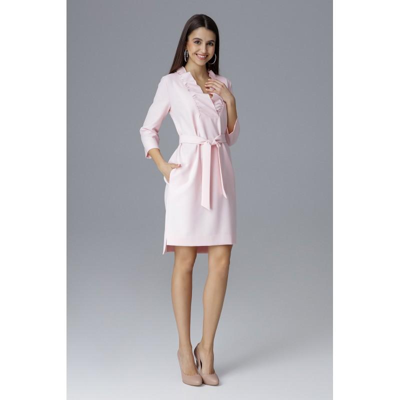 7aa4f9c448d5 Krátké šaty na ples světle růžové barvy