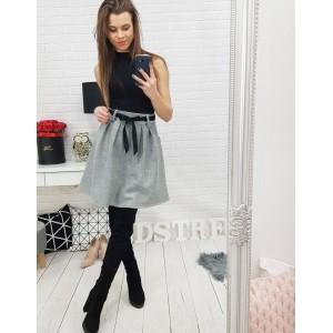 Elegantní dámská sukně šedé barvy s kapsami