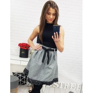 Dámská sukně šedé barvy s černou krajkou a stužkou