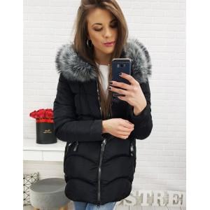 Luxusní zimní bunda černé barvy s kapucí
