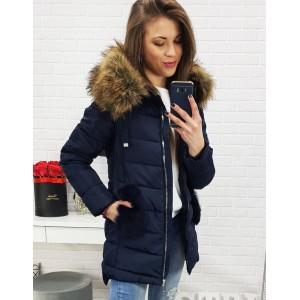 Tmavě modrá mírně prodloužená bunda na zimu s kapucí