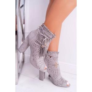 Dírkované dámské kotníkové boty v šedé barvě