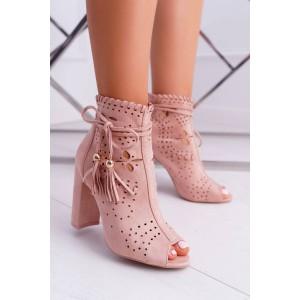Dámské stylové kotníkové boty na hrubém podpatku v růžové barvě