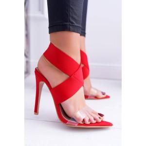 Elegantní červené sandály s širokým pásem kolem kotníku