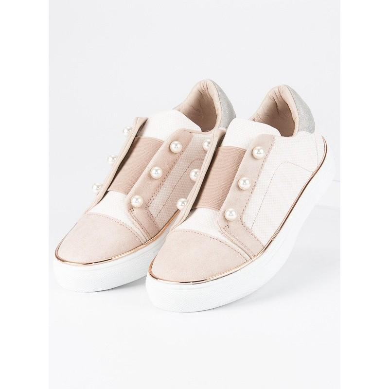 6835585ddf Dětské slip on boty s ozdobnými korálky béžové barvy