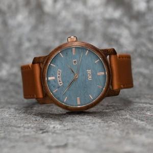 Pánské modro hnědé náramkové hodinky ze dřeva
