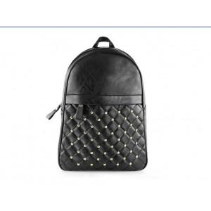 Vybíjený černý batoh dámský