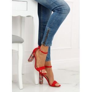 Sexy sandály červené barvy se zapínáním na přezku