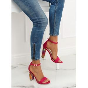 Vysoké sandály cyklámenová barvy s designovým podpatkem