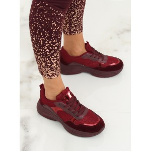 Stylové dámské bordové botasky s metalickým designem