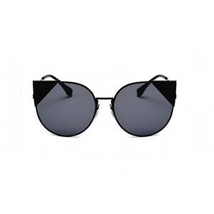 Kočičí sluneční brýle s černými skly a rámem