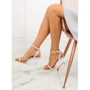 Dámské elegantní sandále na průsvitné platformě a s kamínky