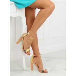 Stylové dámské sandály v metalické zlaté barvě s hadím potiskem