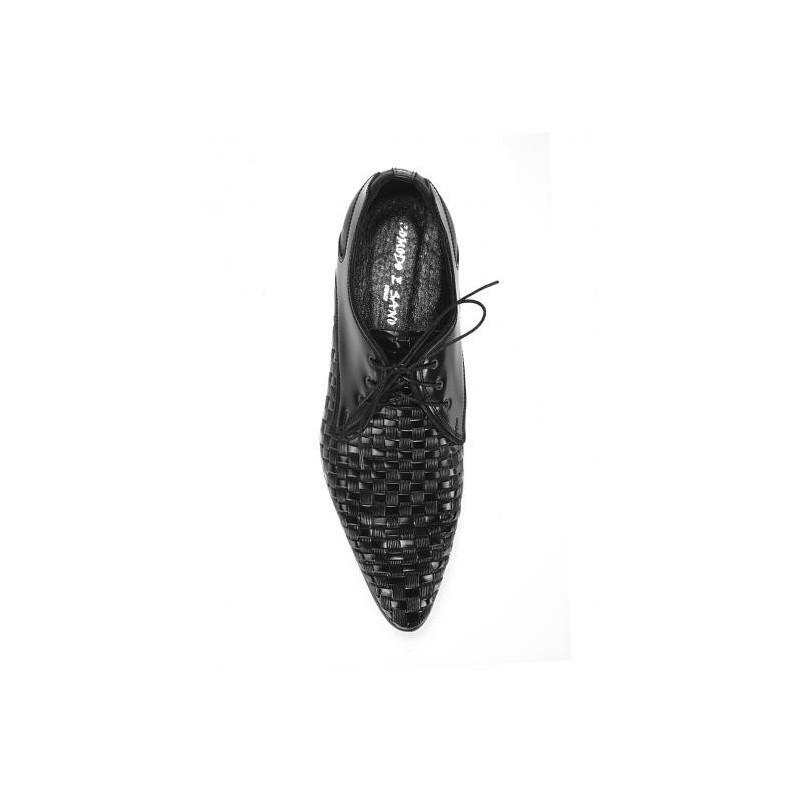 ... Společenské pánské boty s hřebenovým vzorem vhodné pro slavnostní  příležitosti 4e18ebbbcb