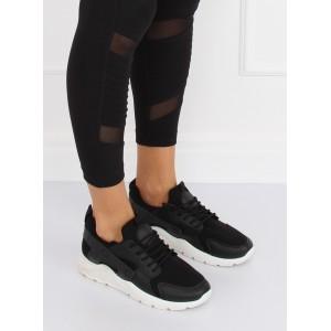 Černá dámská sportovní obuv s bílou podrážkou