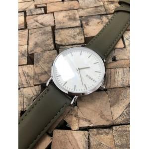 Dámské hodinky s řemínkem v khaki barvě a bílým ciferníkem